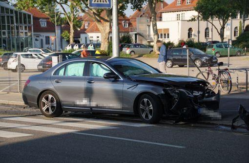Fünf Verletzte bei Taxi-Unfall