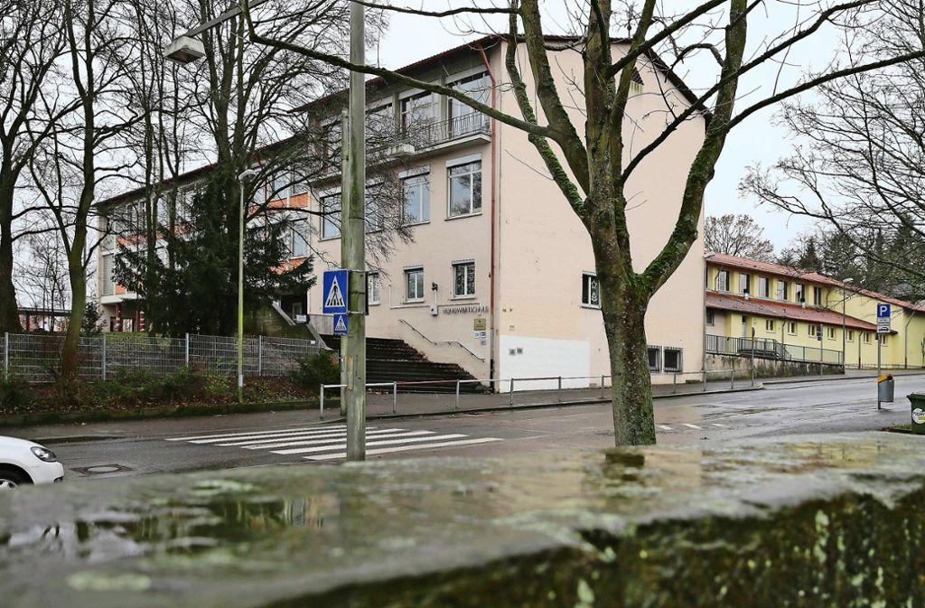 Die räumlichen Kapazitäten der Realschule in Feuerbach sind beschränkt. Mehr als  maximal     zwei Eingangsklassen sind dort  nicht möglich. Foto: Achim Zweygarth