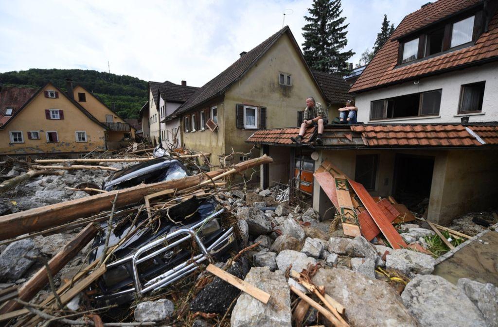 Mit insgesamt 42 Millionen Euro unterstützt das Land die Unwetter-Geschädigten im Land – 10,6 Millionen gehen direkt an die Gemeine Braunsbach (Foto) Foto: dpa