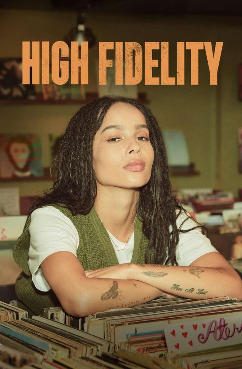 """9. High Fidelity Nick Hornbys Roman """"High Fidelity"""" handelt vom Plattenladenbesitzer Rob, der sich nach dem Ende einer Beziehung fragt, was bei ihm in der Liebe falsch läuft und beschließt, alle seine Ex-Freundinnen um Rat zu fragen.  Die Serienfassung bleibt eigentlich ziemlich nah am Original, verlegt die Handlung von London nach Brooklyn und macht aus Rob eine Frau, die von Zoë Kravitz gespielt wird.    Starzplay, 10. September Hier geht es zum Trailer Foto: Starzplay"""