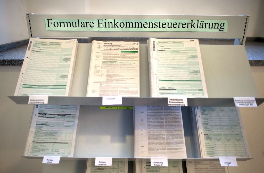 Steuererklärungen auf Papier sind ein Auslaufmodell. Immer mehr wird digitalisiert. Foto: dpa