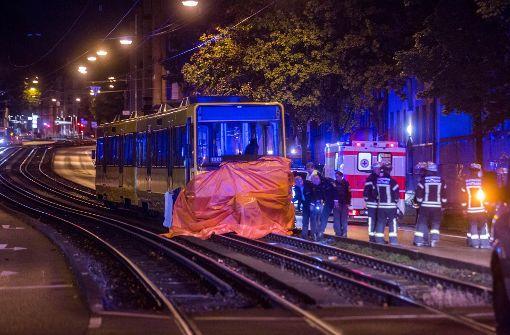 20-Jähriger von Stadtbahn überrollt
