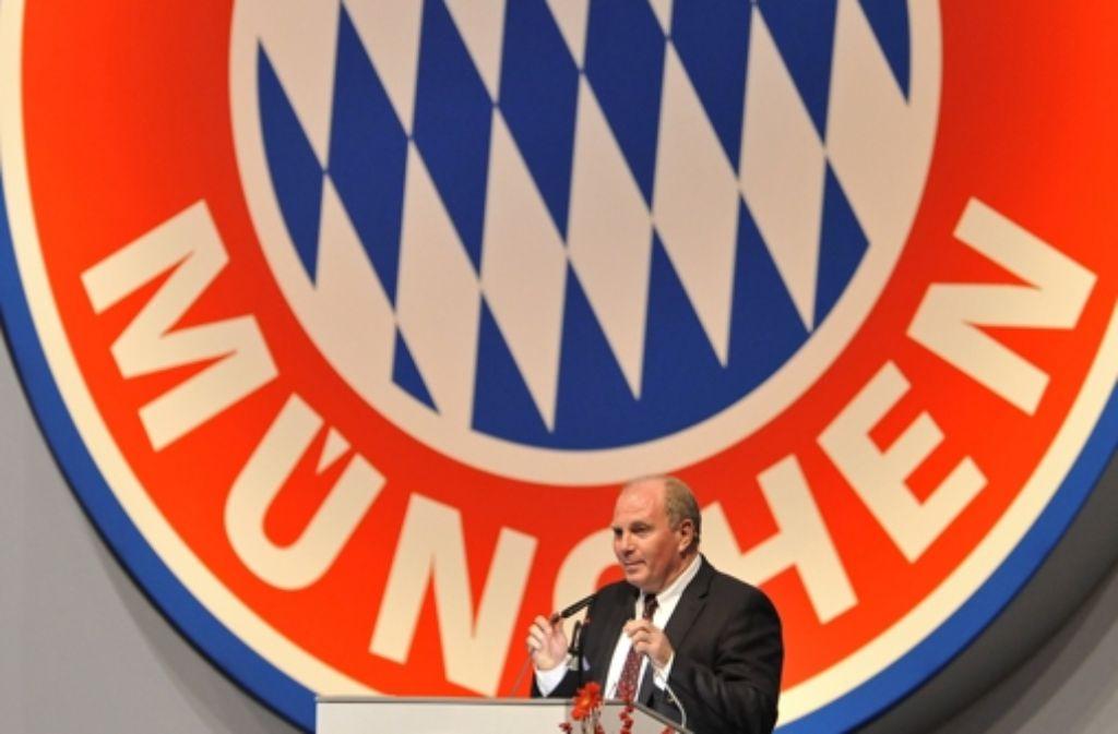 Er personifiziert momentan die Ungerechtigkeit des Steuerabkommens mit der Schweiz: Uli Hoeneß. Foto: dpa