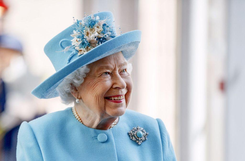 Ihren 94. Geburtstag wird Queen Elizabeth II. zusammen mit Prinz Philip zurückgezogen auf Schloss Windsor verbringen. Foto: dpa/Tolga Akmen