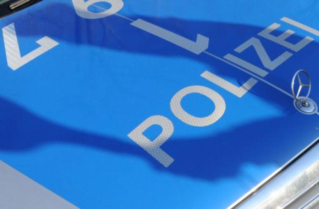 Ein 26-jähriger Autofahrer soll einen anderen Verkehrsteilnehmer am Mittwoch in Ditzingen mit einer Luftdruckwaffe bedroht haben. Foto: dpa/Symbolbild