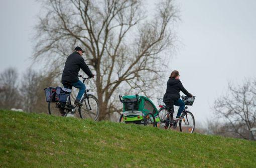 """Zahlreiche Fahrradanhänger für Kinder sind """"mangelhaft"""""""