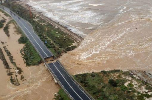 Brücke auf Sardinien nach heftigem Regen eingestürzt