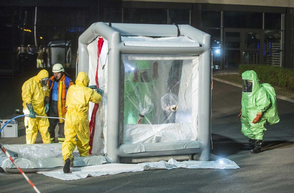 Nach dem Einsatz musste die Ausrüstung gereinigt werden.  Foto: 7aktuell.de/Simon Adomat