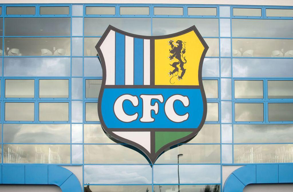 Der Chemnitzer FC steht in der Kritik, Raum für einen mutmaßlich rechtsextremen Fan geschaffen zu haben. Foto: dpa-Zentralbild