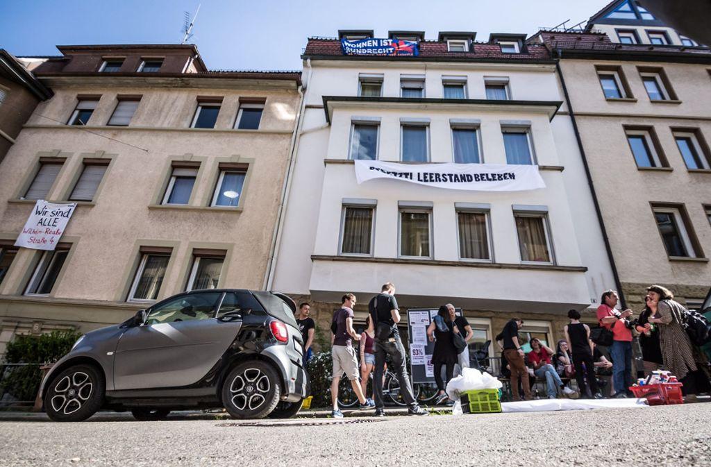 Die Besetzung zweier Häuser in Heslach sorgt weiter für Diskussionsstoff. Foto: Lichtgut/Julian Rettig