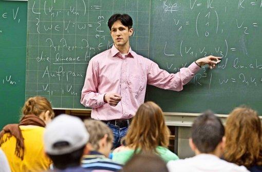Zwischen Abitur und Studiumsbeginn klafft zunehmend eine Lücke. In Mathematik haben angehende Studenten sogar mit dem Schulstoff Probleme. Foto: Universität/Regenscheit