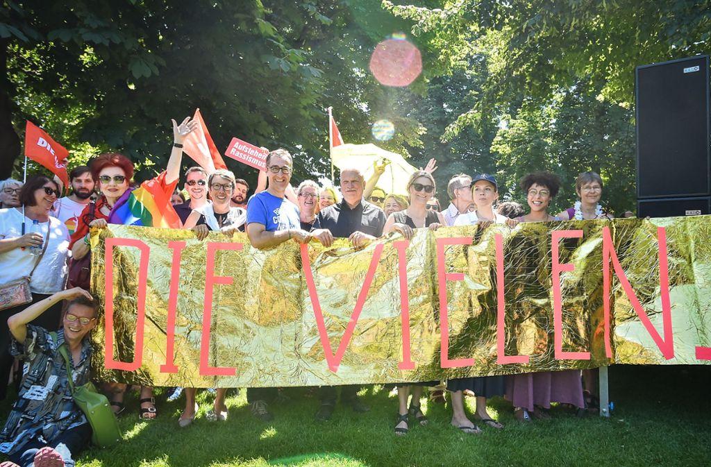Politprominenz bei der Demonstration  im Schlossgarten Foto: Lichtgut / Ferdinando Iannone