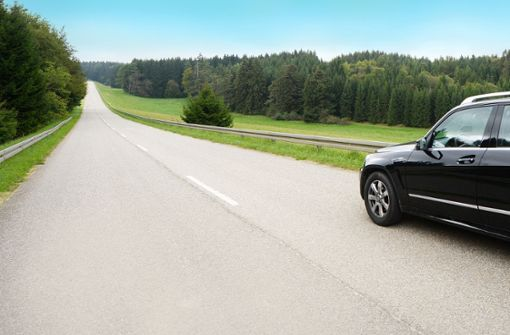 Daimler spart ohne Jobabbau