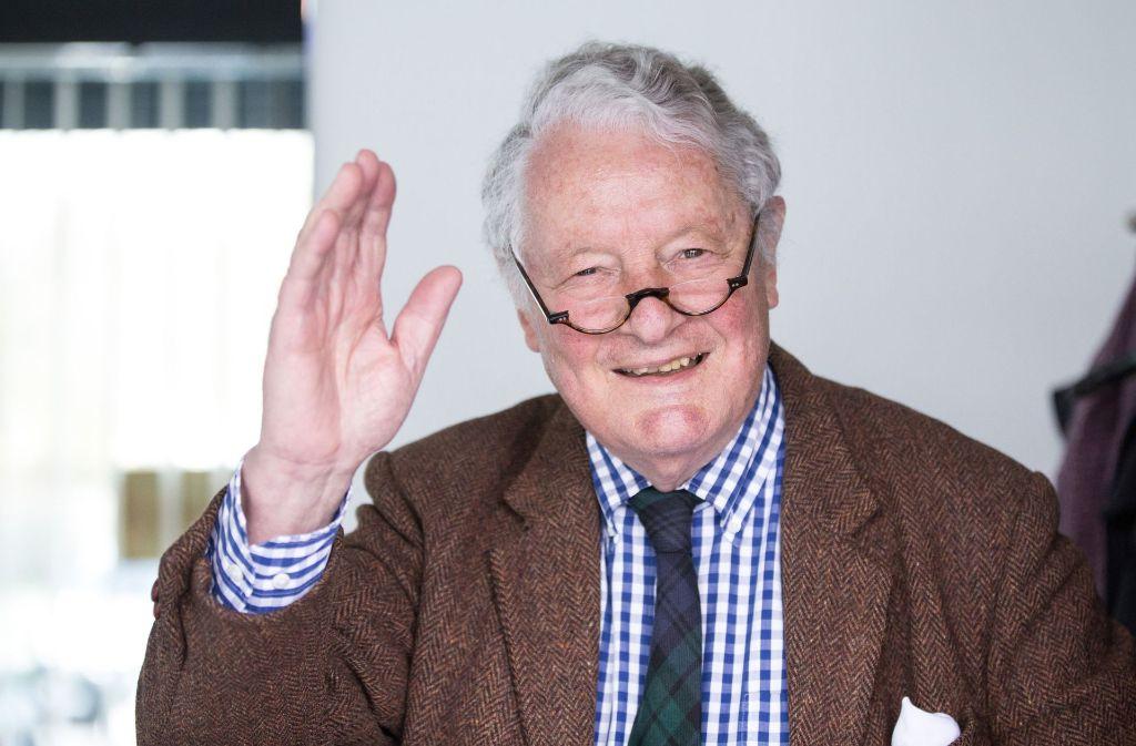 Rolf Seelmann-Eggebert ist Fernsehzuschauern von königlichen Hochzeiten und Trauerfeiern bekannt. Jetzt wird er 80 Jahre alt. Foto: dpa