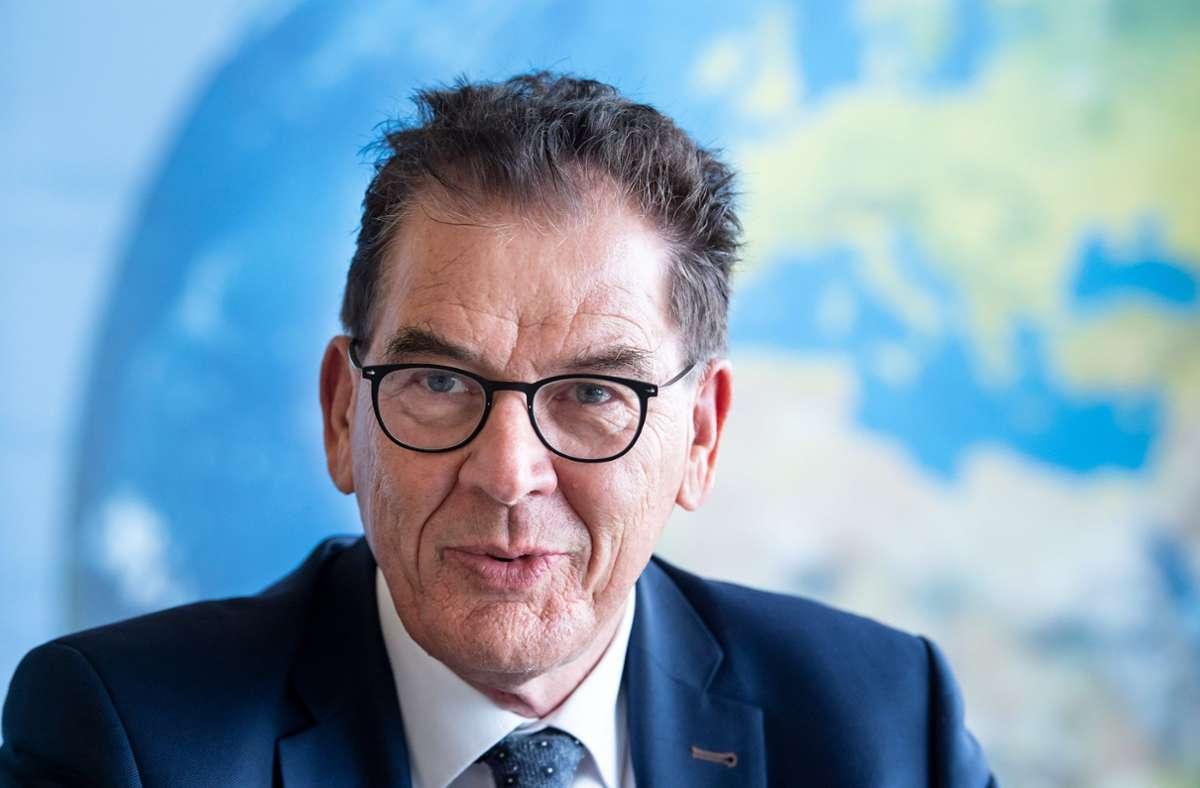 Bundesentwicklungsminister Gerd Müller fordert weitere Unterstützung. Foto: dpa/Bernd von Jutrczenka
