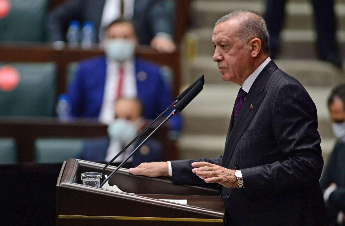 Der türkische Präsident Recep Tayyip Erdogan at seine Landsleute zum Boykott französischer Produkte aufgerufen Foto: imago images/Depo Photos/Depo Photos via www.imago-images.de