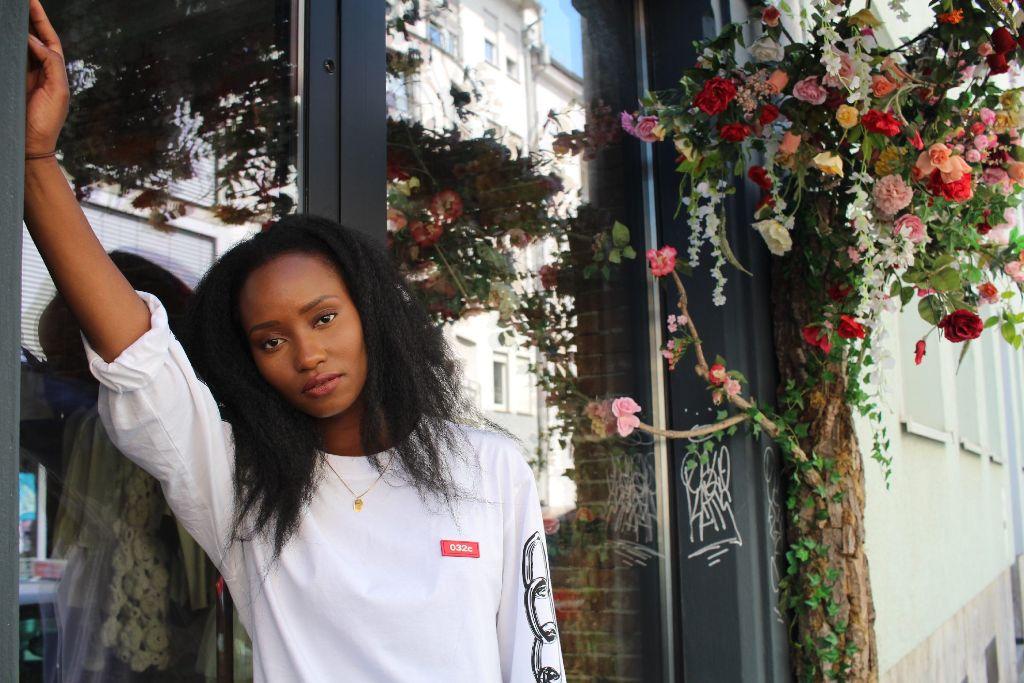 Lässig, cool und feminin: Die Bloggerin Robyn Byn im Stadtkind-Stylecheck. Foto: Alla Lukashova