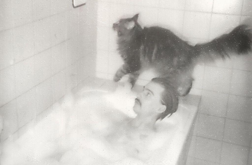 """Lass uns baden gehen: Ausschnitt aus dem Cover des neuen JFR-Moon-Albums """"Moony"""" Foto: Lena Göbel"""