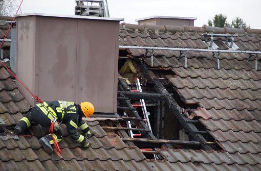 49 Hausbewohner müssen wegen Brand auf Straße