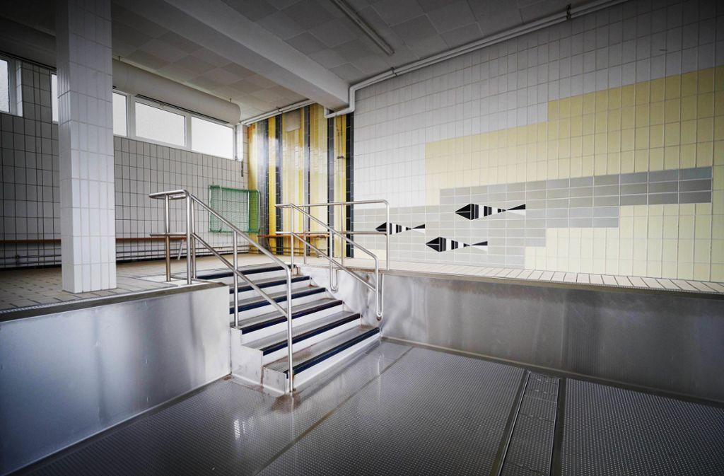 Gähnende Leere statt Schwimmunterricht im Haubersbronner Bad. Foto: Gottfried Stoppel