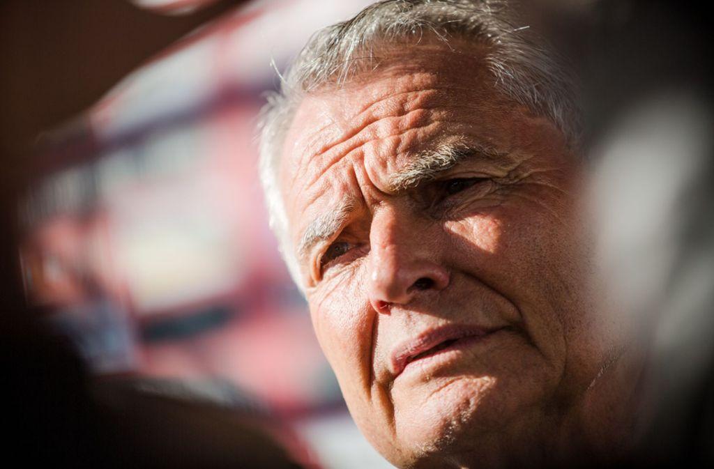 VfB-Clubchef Wolfgang Dietrich kündigt eine Aufklärung an. Foto: dpa