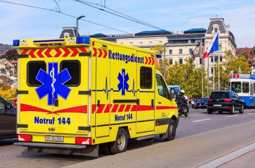 Schwerer Unfall bei Proben – Eiskunstläuferin lebensgefährlich verletzt