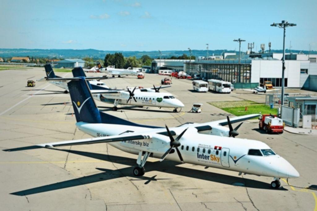 Intersky-Maschinen am Flughafen Friedrichshafen – ein Bild, das so wohl nie mehr zu sehen sein wird. Foto: Felix Kaestle
