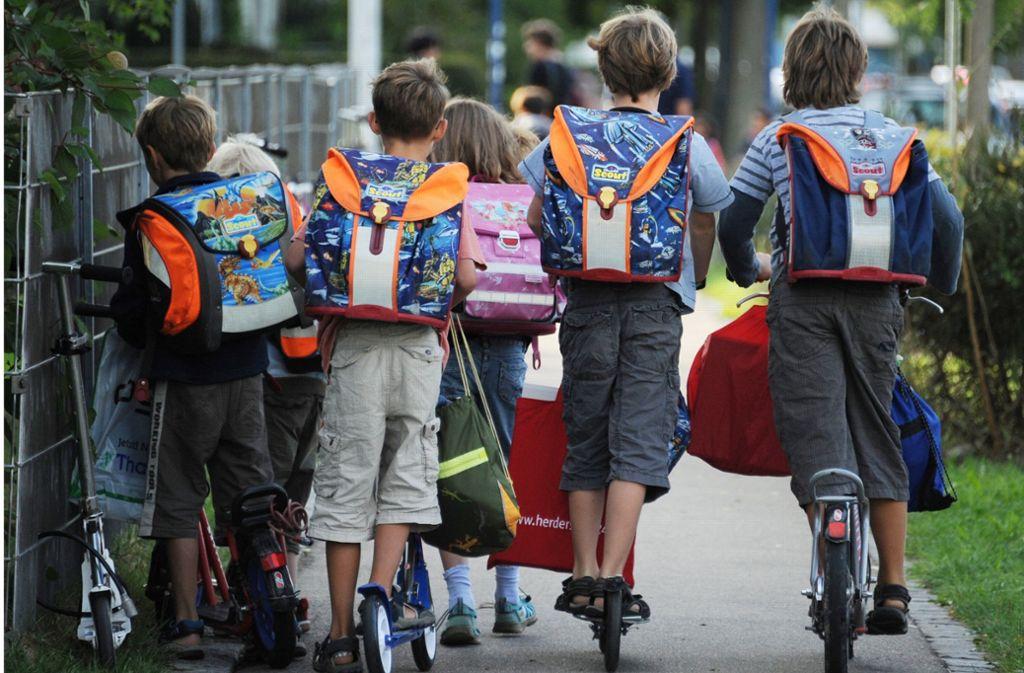 Sicherer Schulweg dank GPS-Signal? Das sieht das Schutzranzen-Konzept vor. Foto: dpa