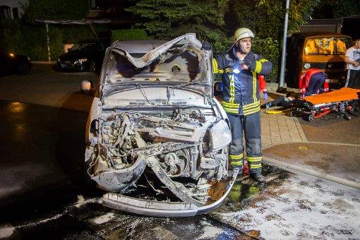 Schwerverletzten im Auto zurückgelassen