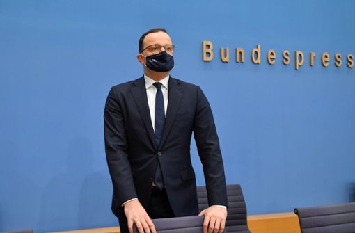 Jens Spahn appelliert an Wachsamkeit –  Corona-Anstieg besorgniserregend
