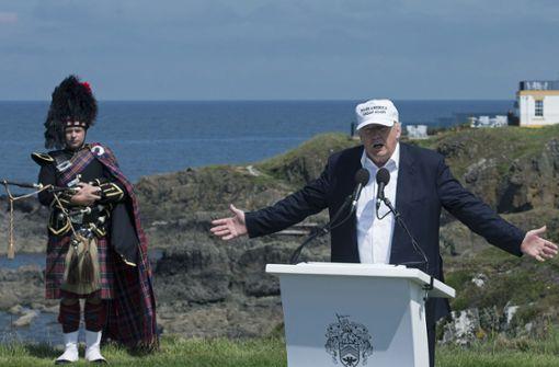 Zehntausende wollen Trump-Golfplatz verhindern