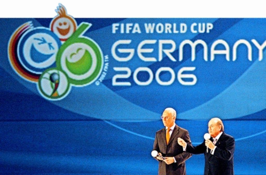 Kaiser Franz Beckenbauer (links) und der ehemalige Fifa-Sonnenkönig Josef Blatter Foto: dpa