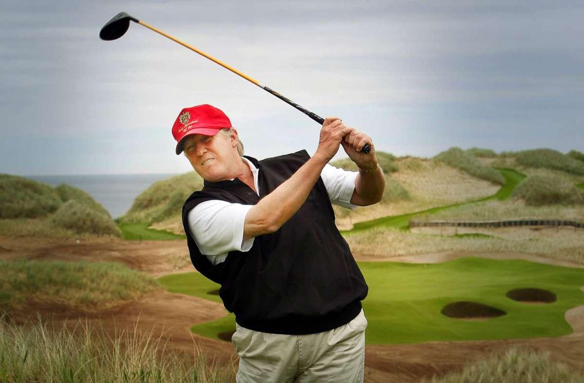 Rund 315 Millionen Dollar Schulden will Donald Trump mit seinen Golfanlagen aufgehäuft haben. Foto: dpa/Danny Lawson