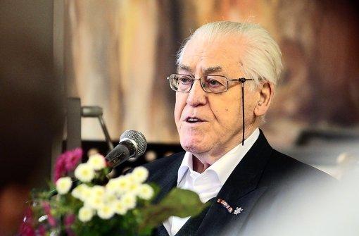 Im Alter von 92 Jahren reist Peter Josef Snep noch immer durch Deutschland und erzählt den Qualen, die er als KZ-Häftling überstand. Foto: factum/Granville