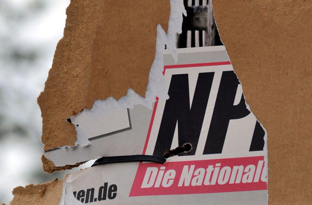 Ziemlich abgerissen, das aktuelle Erscheinungsbild der NPD. Der Staat will die Partei jetzt finanziell austrocknen. Foto: dpa