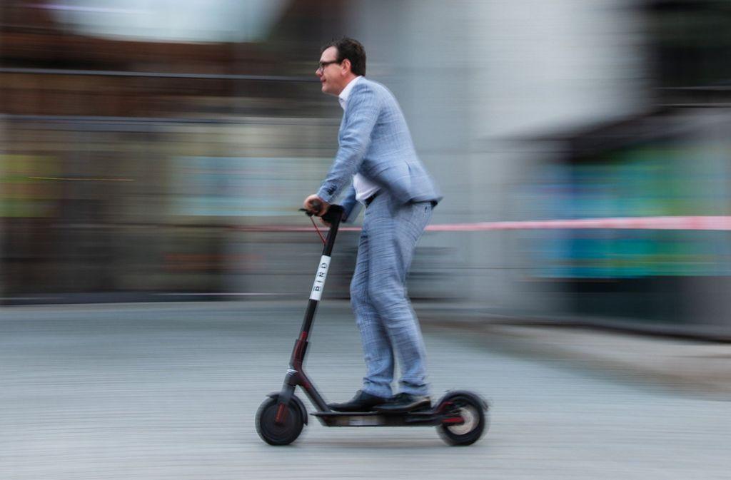E-Scooter, wie hier in Bamberg, werden bald in ganz Deutschland rollen. Foto: dpa