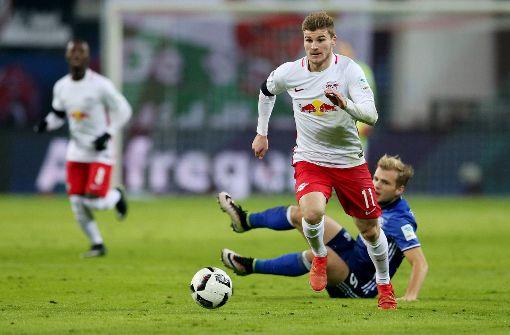 Leipzig schlägt Schalke und ist wieder Tabellenführer
