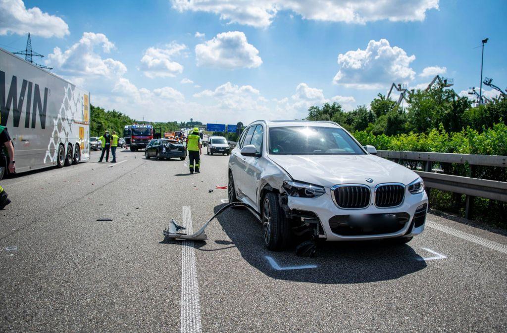 Bei dem Unfall auf der A81 wurde eine Person verletzt. Foto: 7aktuell.de/Nils Reeh