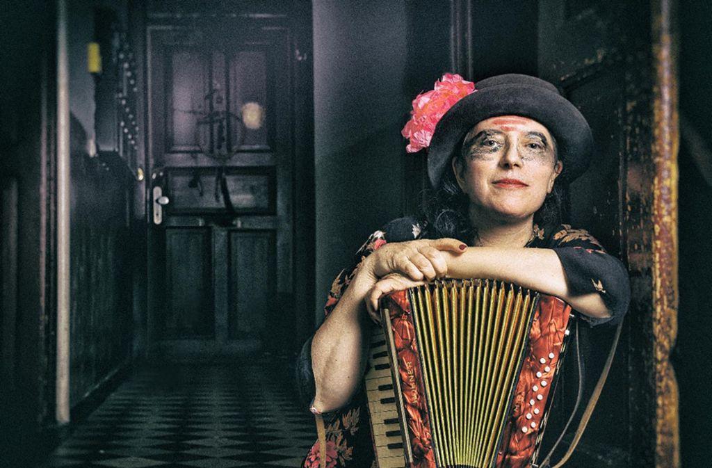 Schweizerin mit amerikanischen Wurzeln: die Musik-Performance-Künstlerin Erika Stucky Foto: Theaterhaus/Fokke Hoekman