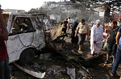 Lkw-Bombe explodiert auf Markt