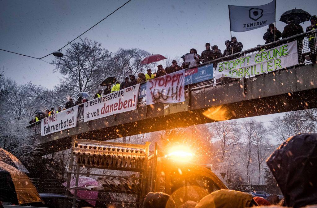 Die B14 ist ein beliebter Austragungsort des Mobilitätsstreits in der Stadt – auch Diesel-Gegner demonstrieren hier gerne. Foto: Lichtgut/Achim Zweygarth