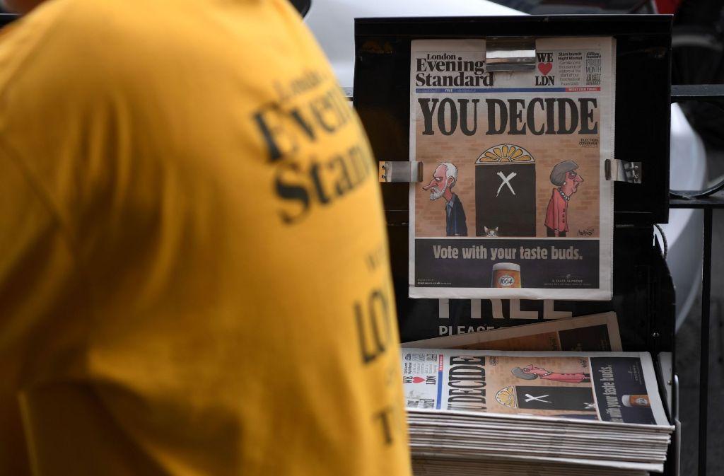 Die Briten haben bei vorgezogenen Neuwahlen ihre Stimmen abgegeben – dabei haben die Konservativen die absolute Mehrheit verpasst. Foto: AFP