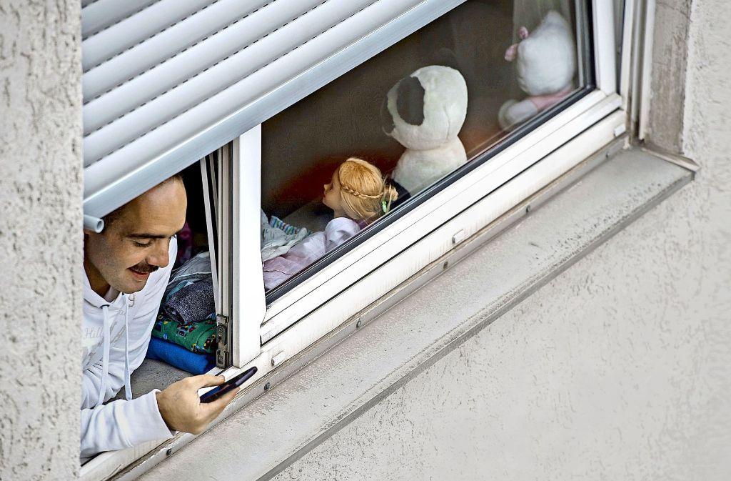 100 Flüchtlinge  haben 2016 in der Stadt eine Wohnung gefunden,  700 sind freiwillig zurück in die  Heimat gegangen. Foto: dpa
