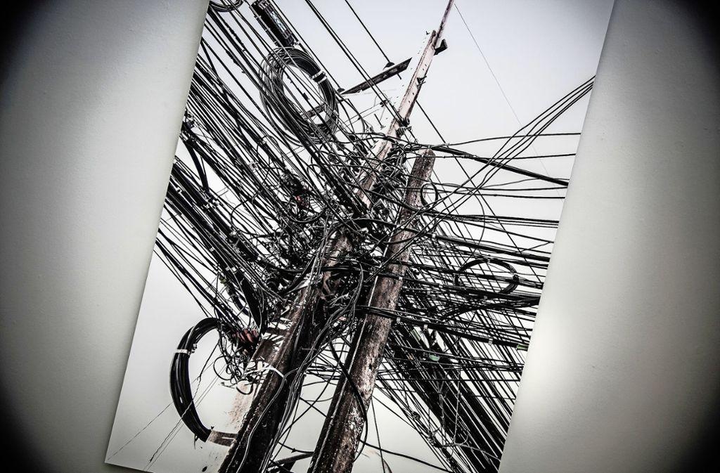 Der Albtraum schlechthin für Elektriker: ein Gewirr von Drähten, Strippen, Klemmen und Ösen Foto: Horst Rudel