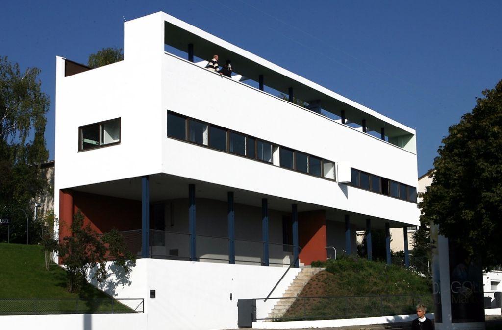 Das Le Corbusier-Haus in der Weissenhofsiedlung auf dem Stuttgarter Killesberg. In Istanbul wird entschieden, ob die Weissenhofsiedlung zum Welterbe ernannt werden. Foto: dpa