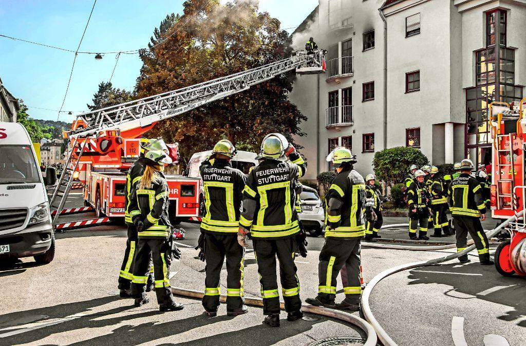 Ein Alarmfall im Juni in Gablenberg im Stuttgarter Osten: Eine Bewohnerin überlebt, ihre Katze aber nicht. Foto: SDMG