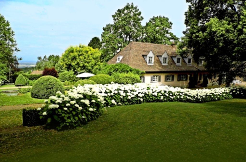 Schlichtes Landhaus mit riesigem Garten in exponierter Lage: hier wollte René Schickele alt werden, doch das war ihm nicht vergönnt. Foto: Heinz Siebold