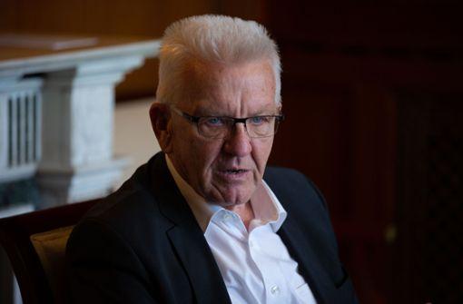Kretschmann verteidigt Nachtragsetat mit neuen Schulden