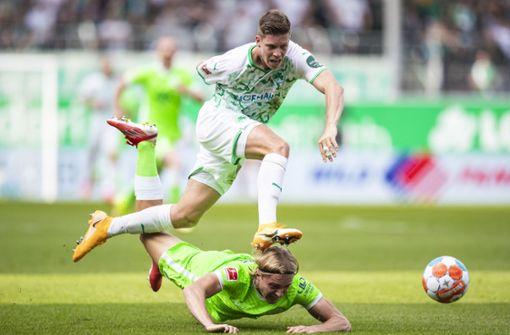 Dortmund gewinnt Spektakel bei Bayer - Wolfsburg weiter spitze