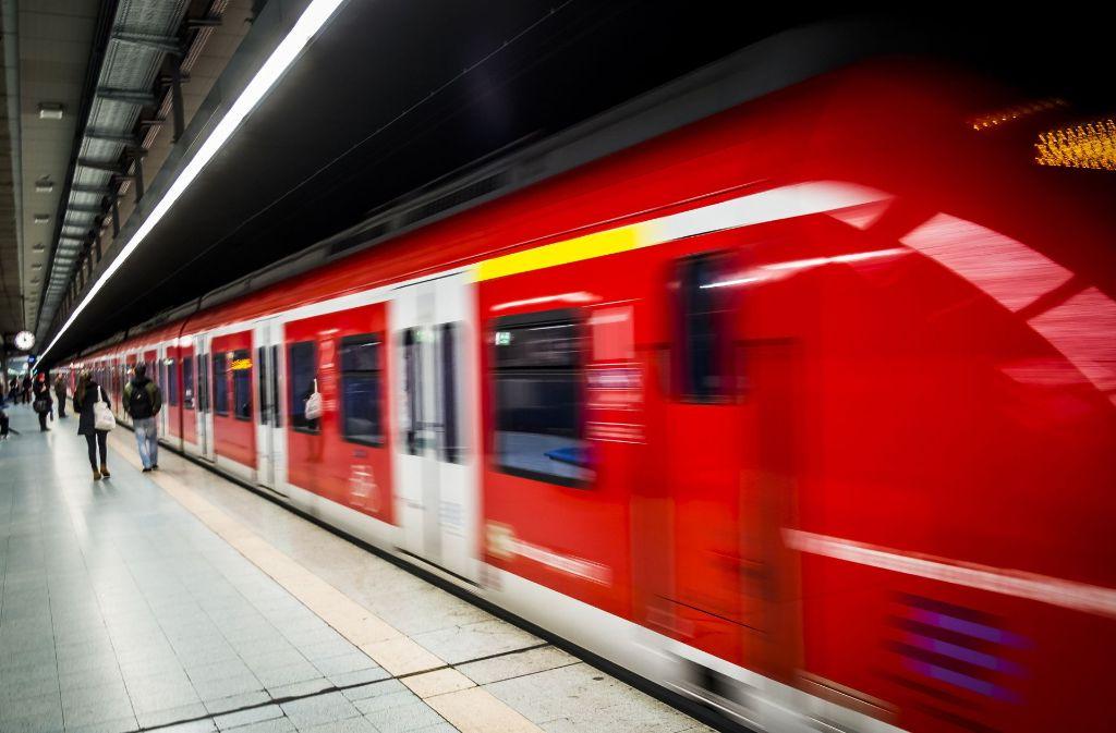 In Stuttgart kam es am Dienstag zu massiven Fahrplanabweichungen bei der S-Bahn. Foto: Lichtgut/Max Kovalenko